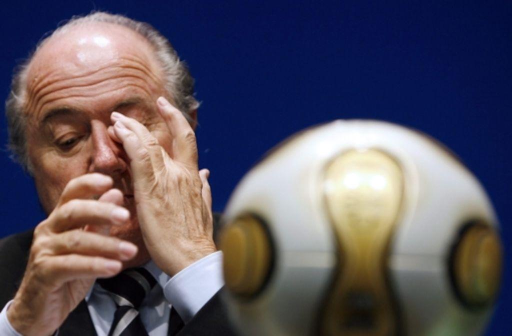Sepp Blatter: das Gesicht der Glaubwürdigkeitskrise des Fußballs Foto: dpa