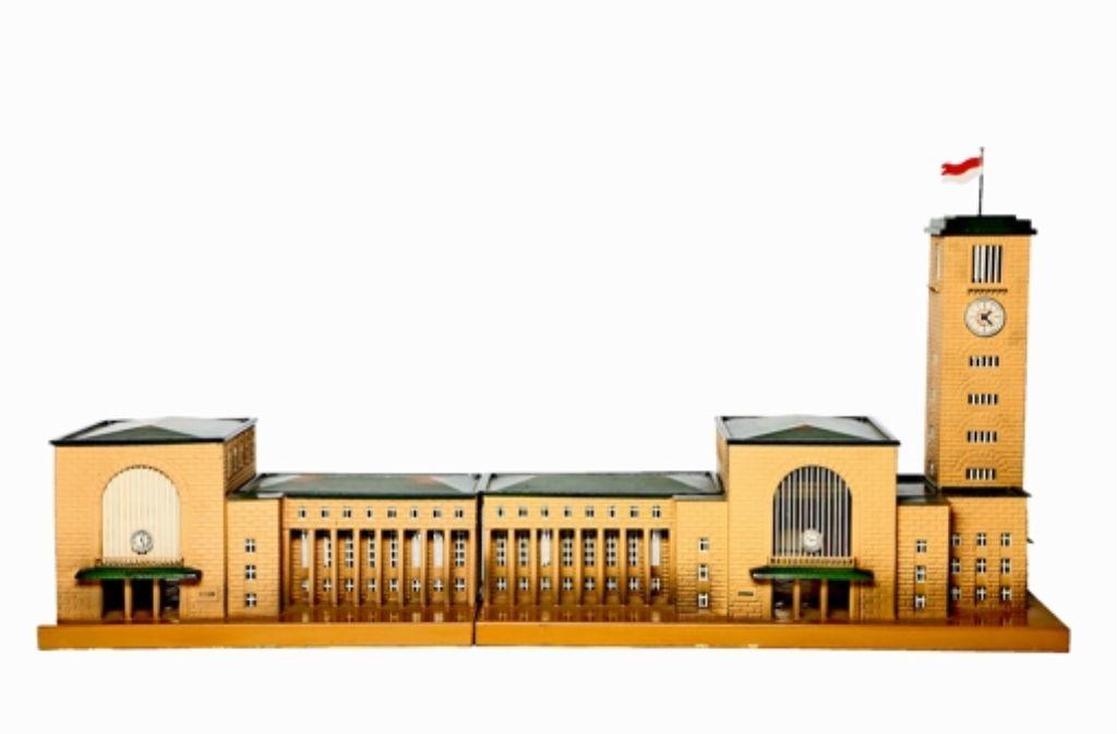 Der Stuttgarter Bahnhof für Spur 0. Foto: Autkionshaus Hohenstaufen
