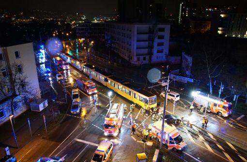 Hoher Schaden bei Zusammenstoß mit Stadtbahn
