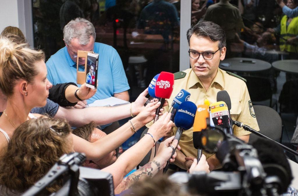 In seiner ruhigen und sachlichen Art hat Marcus da Gloria Martins die Menschen über die Schießerei in München auf dem Laufenden gehalten. Foto: dpa