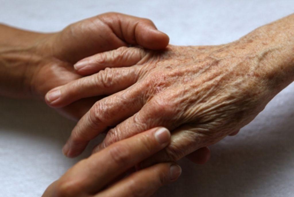 Rund 1,2 Millionen Menschen in Deutschland leiden an Demenz. Foto: dpa