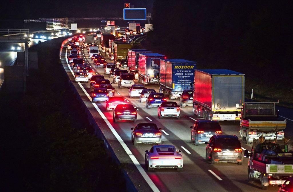 Ohne den Autobahnverkehr würden die Emissionen und   die Energieverbräuche in Wimsheim unter dem mittleren Bereich des Landes Baden-Württemberg liegen. Foto: dpa/Silas Stein