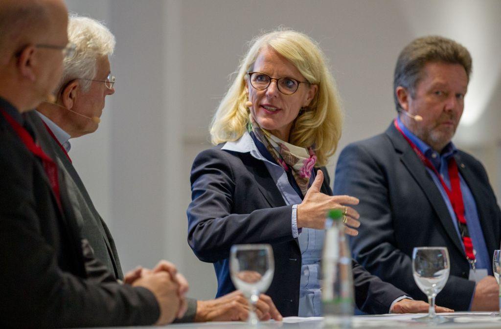 Elke Temme von Innogy Deutschland ist überzeugt, dass der Markt im Bereich E-Mobilität stark wachsen wird. Foto: Lichtgut/Leif Piechowski
