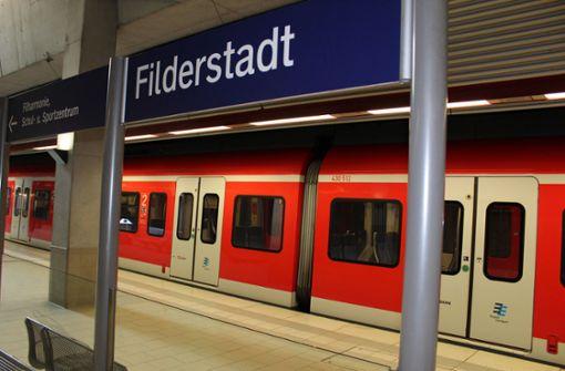 Protest gegen S-Bahn-Sperrung