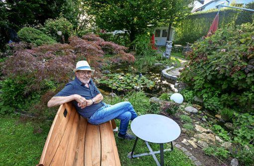 Ein Garten mit Kunst, Wasser und Feuer