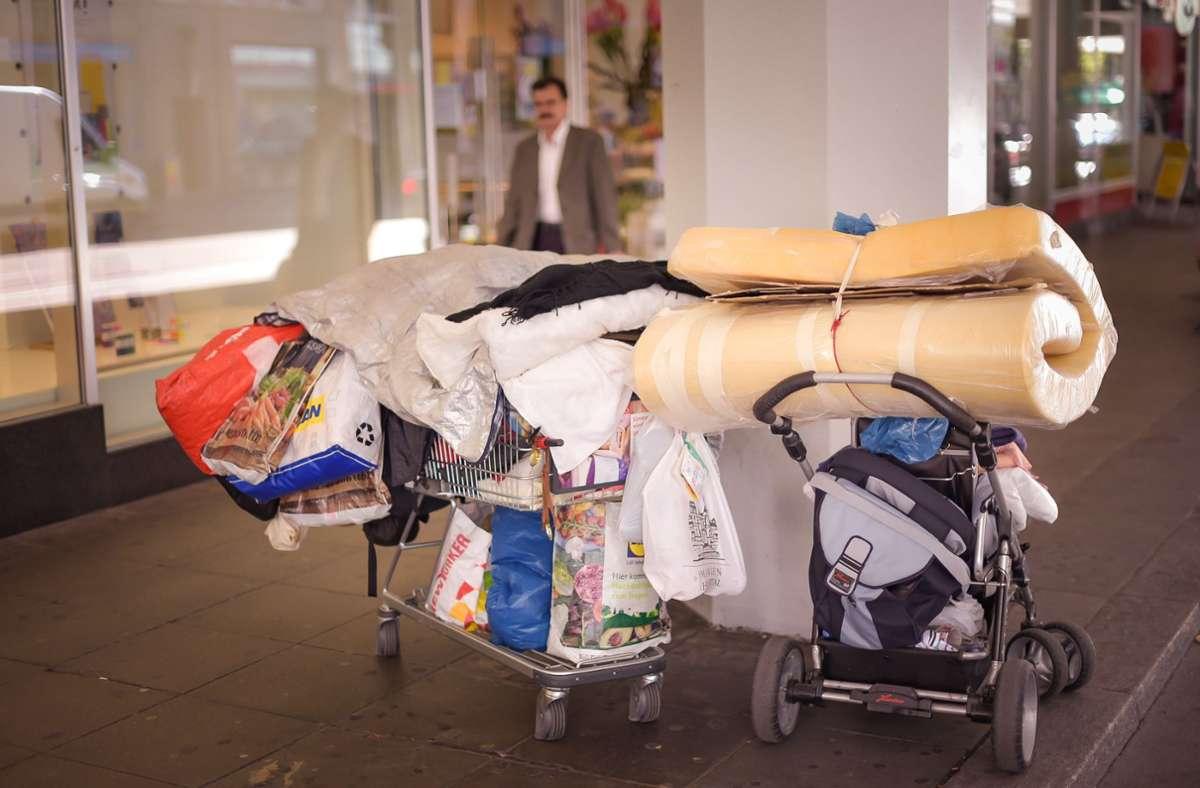 Hilfsorganisationen suchen in der Pandemie nach Alternativen, wo Menschen ohne Wohnsitz unterkommen können. Foto: Lichtgut/Max Kovalenko