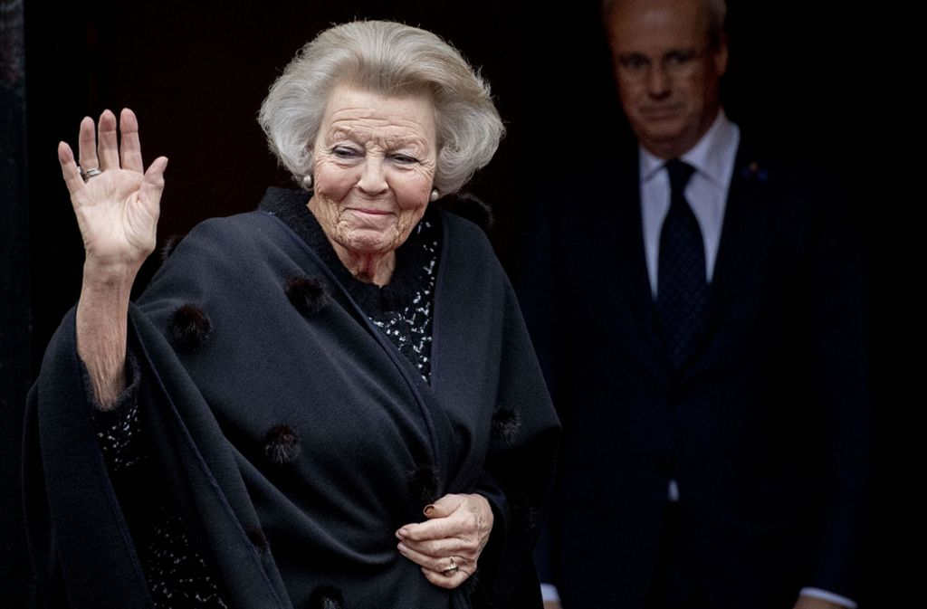 Beatrix der Niederlande zeigt sich noch oft in der Öffentlichkeit – und mischt auch politisch mit. Foto: AFP/ROBIN UTRECHT