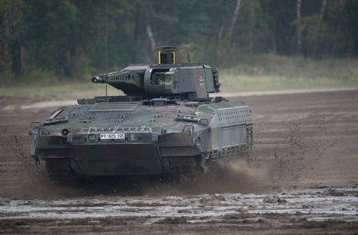 Panzer der Bundeswehr stürzt ab