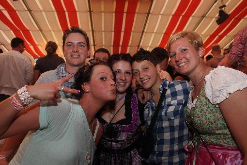 Gaydelight - Die schwul-lesbische Gemeinde feiert auf dem Wasen