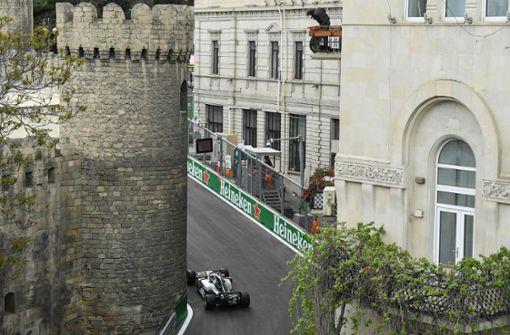 Lewis Hamilton mit dramatischem Sieg