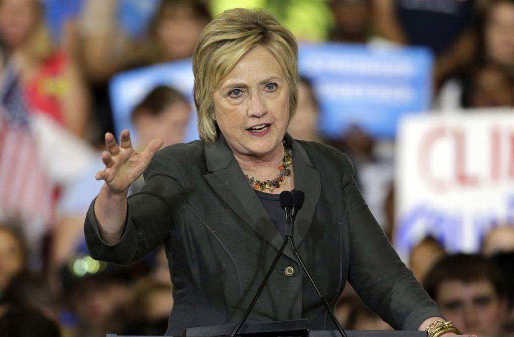 Hillary Clinton muss vom FBI kein Ungemach wegen ihrer E-Mail-Affäre befürchten. Foto: AP