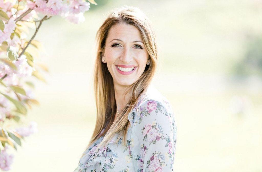 Rebecca Jäger erlebt in der Coronakrise als singendes Telegramm viel Zuspruch. Foto: Rebecca Conte