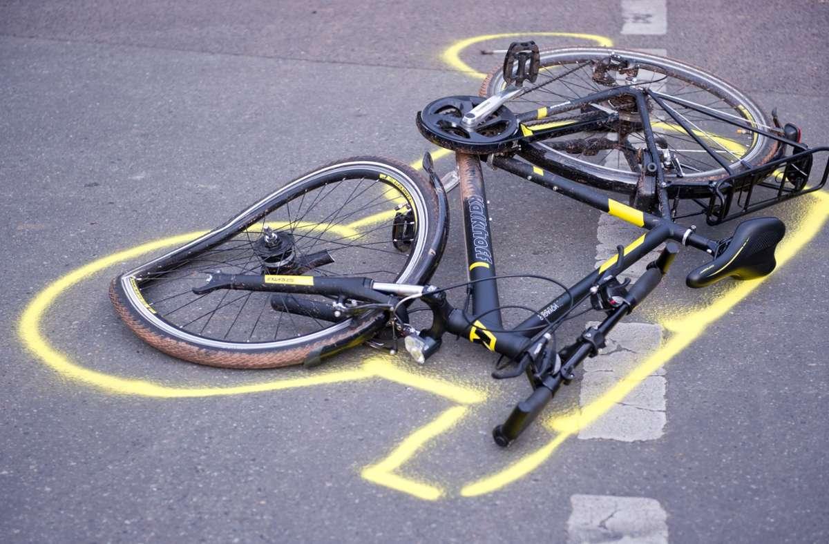 Im Kreis Esslingen wurden ein 13-Jähriger und eine 53-Jährige bei Fahrradunfällen verletzt. (Symbolfoto) Foto: picture alliance/dpa/Daniel Naupold