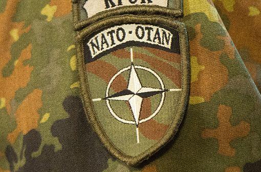 Nato will der Anti-IS-Koalition beitreten