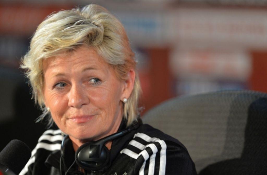 Von der Bundestrainerin Silvia Neid ist der große Druck gewichen. Foto: dpa