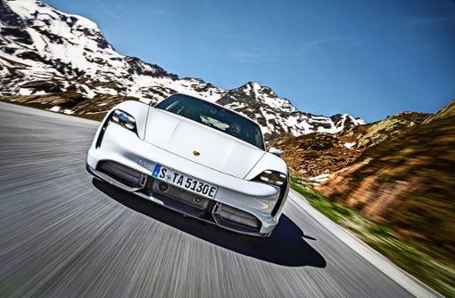 Der Porsche Taycan erobert einen Spitzenplatz