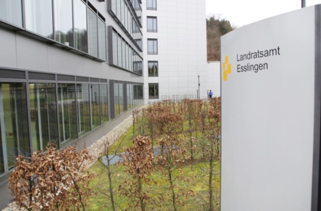 Das Landratsamt Esslingen will in seinen Flüchtlingsunterkünften für  Ruhe  sorgen, indem es Störenfriede dezentral  gesondert unterbringt. Foto: Pascal Thiel