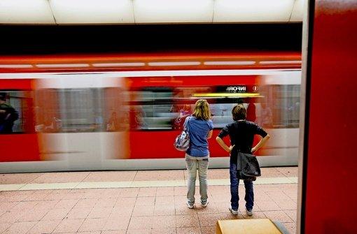 Dichterer Takt für die Stadt- und die S-Bahn