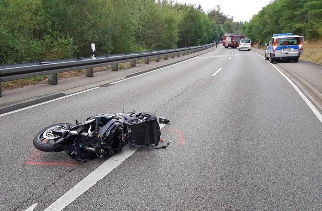 Der Unfall endete nach dem missglückten Überholmanöver tödlich. Foto: 7aktuell.de/Aaron Klewer