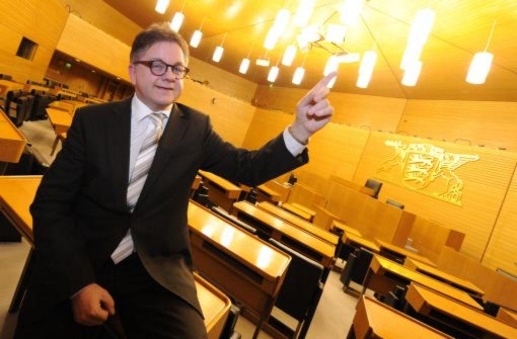Der baden-württembergische Landtagspräsident Guido Wolf (CDU) setzt sich für eine Sanierung des 1961 eingeweihten Landtagsgebäuides ein. Foto: dpa