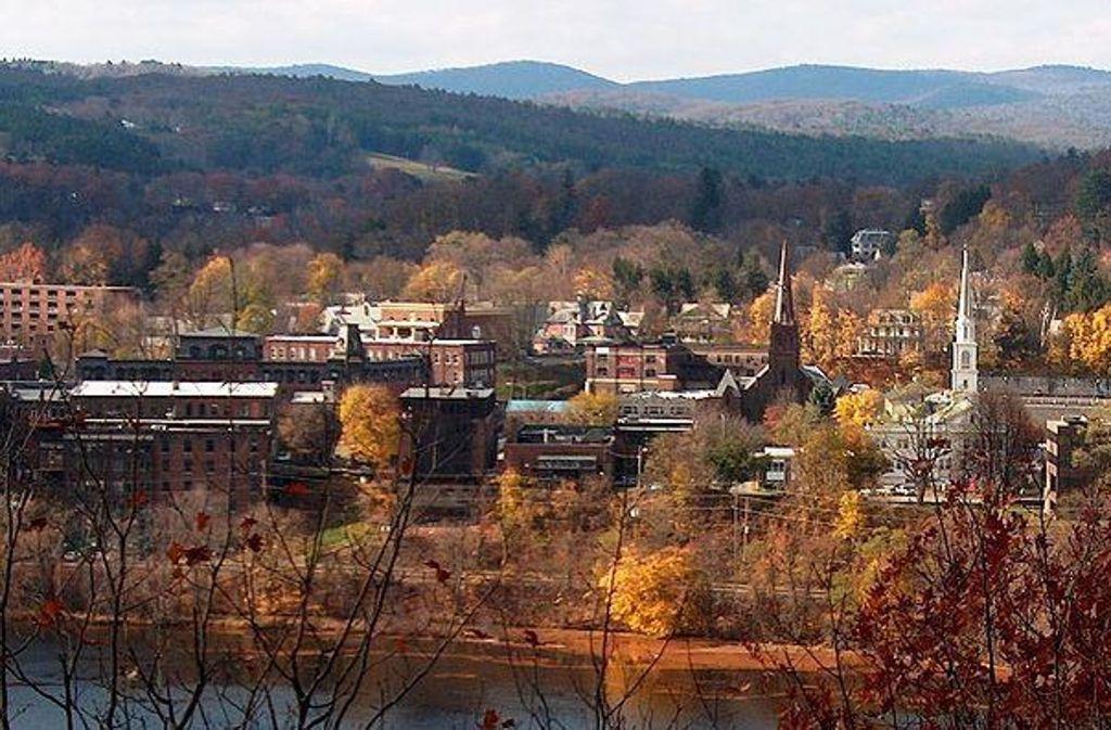 O wie schön ist Brattleboro – und immerhin zwei Ausnahmeautoren haben rund um das Vermonter Städtchen ihre Krimis angesiedelt. Foto: Ken Gallager
