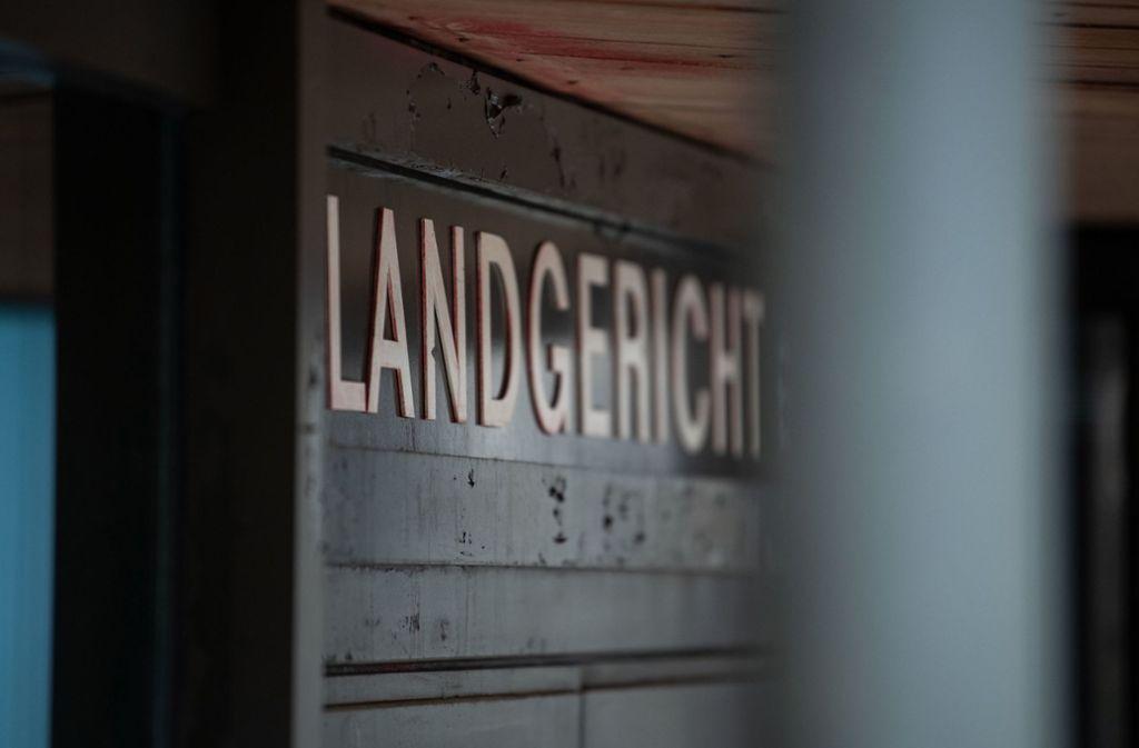 Vor dem Landgericht Stuttgart wird der Fall einer getöteten Seniorin aus Sindelfingen behandelt. Foto: dpa