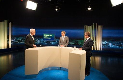 Vom Studio ins Theaterhaus: einen Vorgeschmack auf das Spitzenduell  von Winfried Kretschmann (links) und Guido Wolf am Dienstag gab  es in der SWR-Sendung am 14. Januar bei Clemens Bratzler (Mitte). Foto: dpa