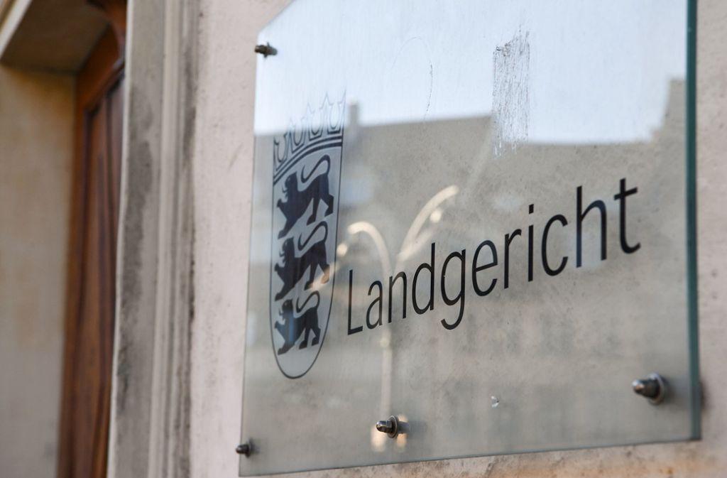 Vor dem Landgericht Ravensburg wurde im Prozess um ein getötetes Baby ein Urteil gefällt. Foto: dpa