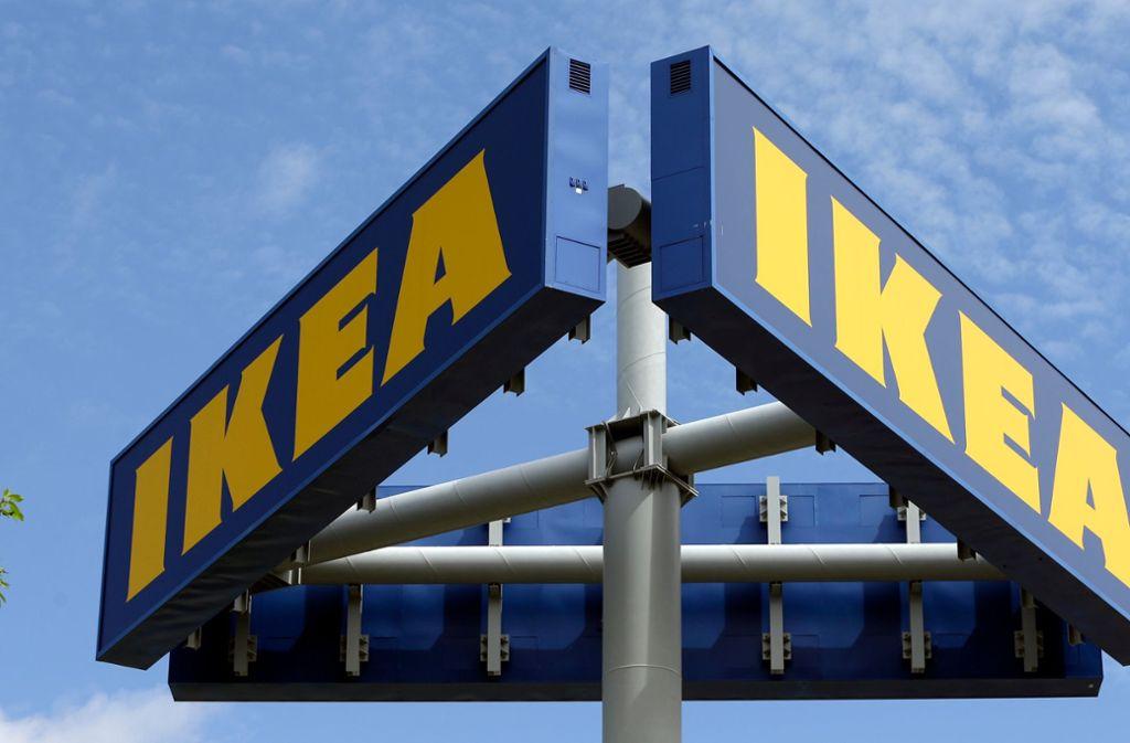 Vor dem Ikea in Frankfurt hat es eine Schießerei gegeben. Foto: AP/Alan Diaz