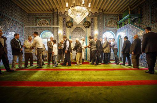 Gebete und Süßes zum Ende des Ramadan
