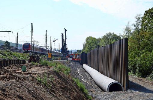 Für den Tunnel werden Gleise verschoben