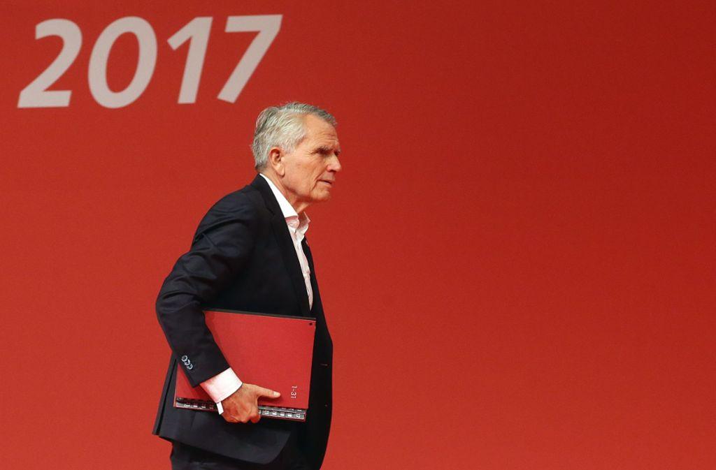 VfB-Clubchef Wolfgang Dietrich zieht eine positive Bilanz Foto: Baumann
