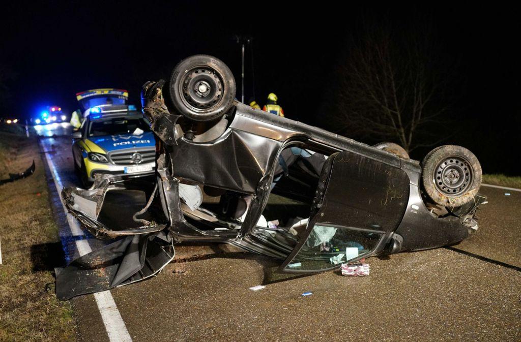 Der 20-jährige Autofahrer wurde bei dem Unfall lebensgefährlich verletzt. Foto: SDMG/Kohls