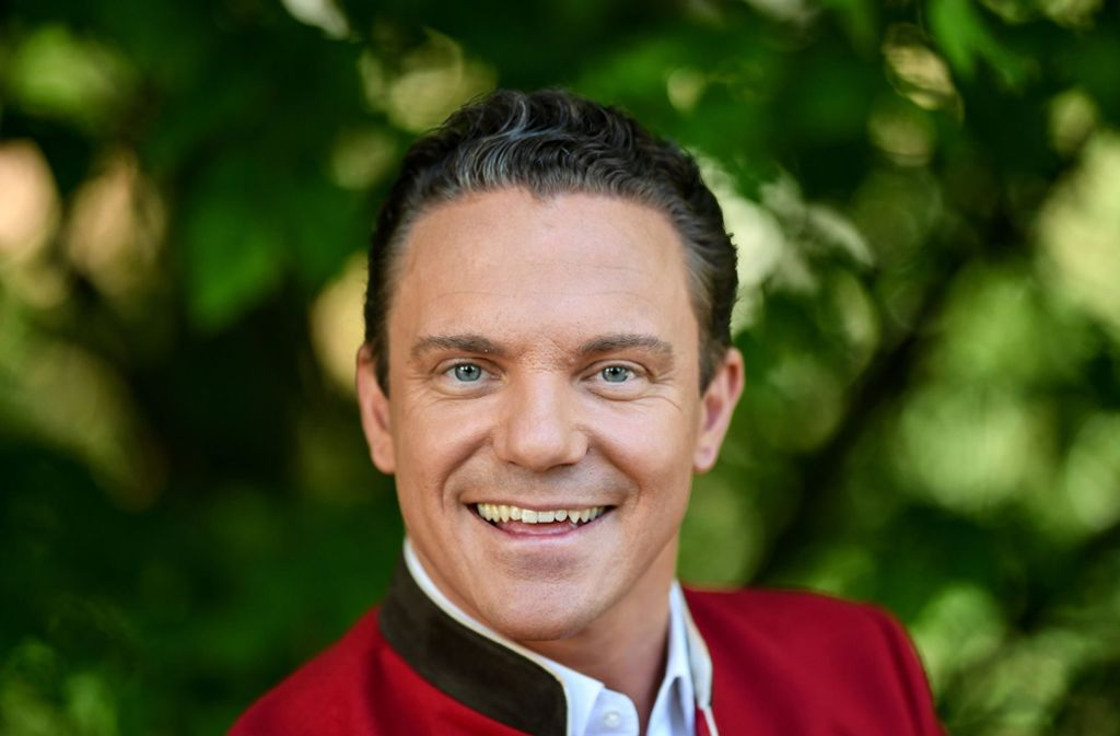 Volksmusiker und Fernsehmoderator Stefan Mross hat das Leben auf Rädern für sich entdeckt und lebt derzeit im Wohnmobil nahe Rust. Foto: dpa