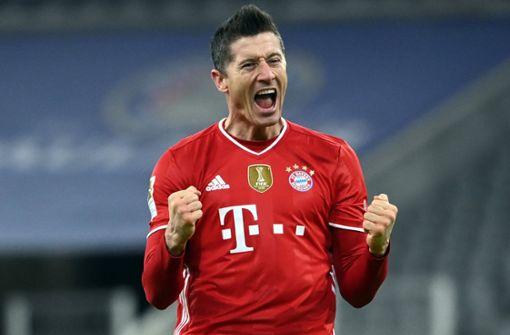 Bayern 4:2 gegen Dortmund - Leipzig bleibt dran - Später Hertha-Sieg