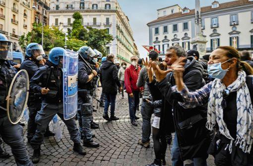 Die Protestwelle schwappt von Neapel nach Rom