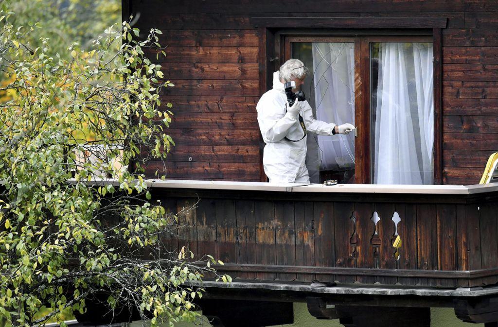 In diesem Anwesen soll der 25-Jährige fünf Menschen erschossen haben. Foto: AP/Kerstin Joensson