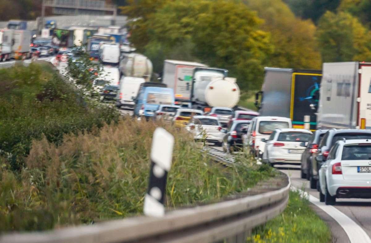 Gut für Autofahrer: Die Pendlerpauschale wird im kommenden Jahr erhöht. Foto: Lichtgut/Max Kovalenko