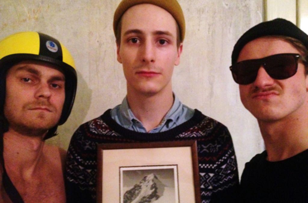 Diese drei Herren haben den Sampler Von Heimat kann man hier nicht sprechen zusammengestellt: Tobias Adam, Florian Stelzl, Reinhold Buhr (von links). Foto: privat