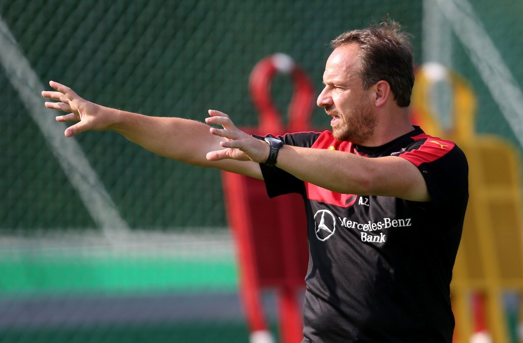 Alexander Zorniger gibt beim VfB Stuttgart die Richtung vor.  Foto: Pressefoto Baumann
