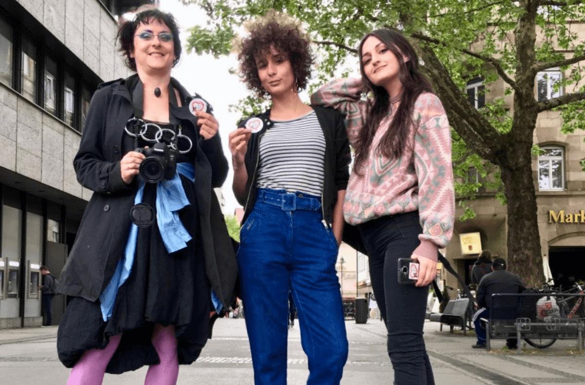 In den Fußgängerzonen der Stadt stemmen sich vier Frauen gegen Prostitution. Dabei setzen sie auf die Unterstützung des männlichen Geschlechts. Mit Erfolg. Foto: Peter Buchholtz