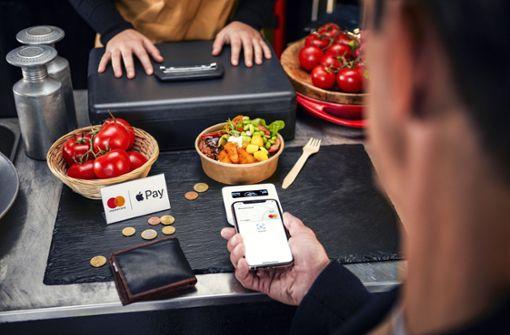 Mobil-Bezahldienst startet bei Sparkassen und weiteren Banken