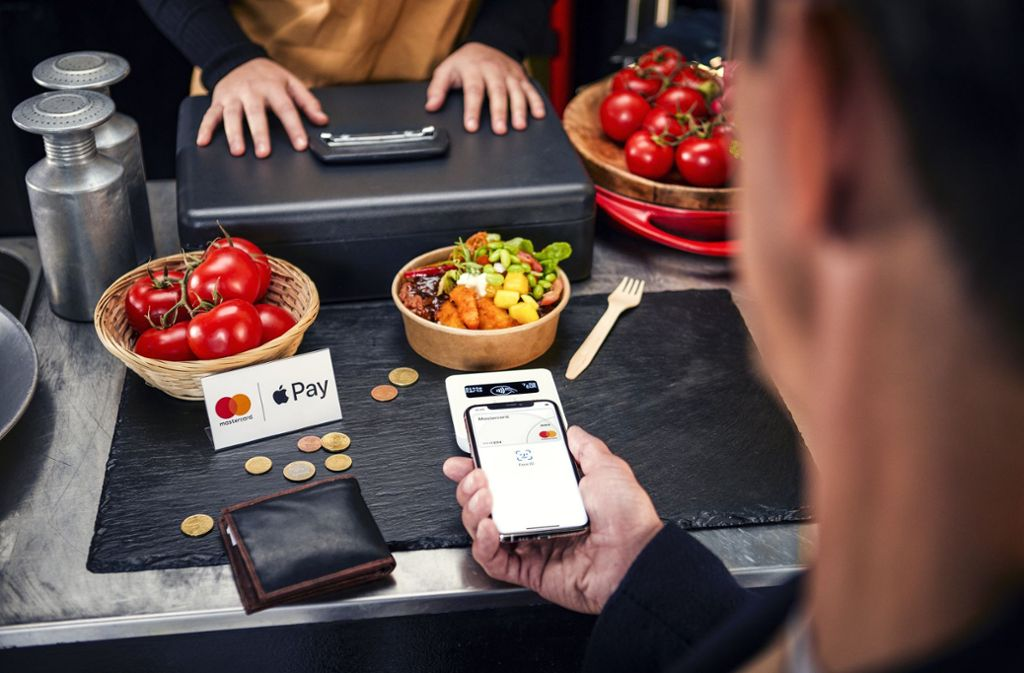 Apple Pay startet in Deutschland durch. (Symbolbild) Foto: obs/Mastercard