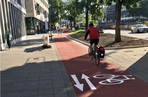 """""""Roter Teppich"""" für Radler in der City – aber Kritik an Radweg bleibt"""