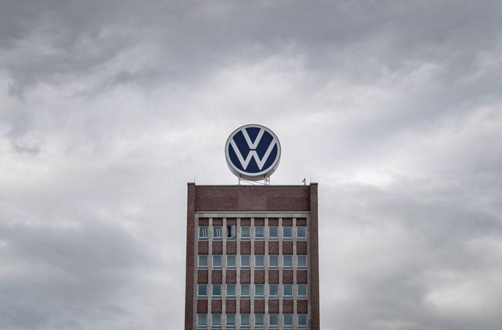 Seit 2016 ermittelt die niedersächsische Justiz wegen der hohen Bezüge für VW-Betriebsräte. Foto: dpa/Sina Schuldt