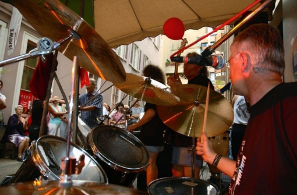 Während des Bohnenviertelfestes ist es mit der Ruhe der Anwohner vorbei. Techno-Musik will mancher allerdings nicht dulden. Foto: privat
