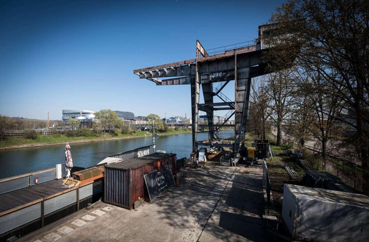 Fridas Pier wartet seit Monaten am Neckar in Gaisburg auf Besucher. Foto: Lichtgut/Achim Zweygarth