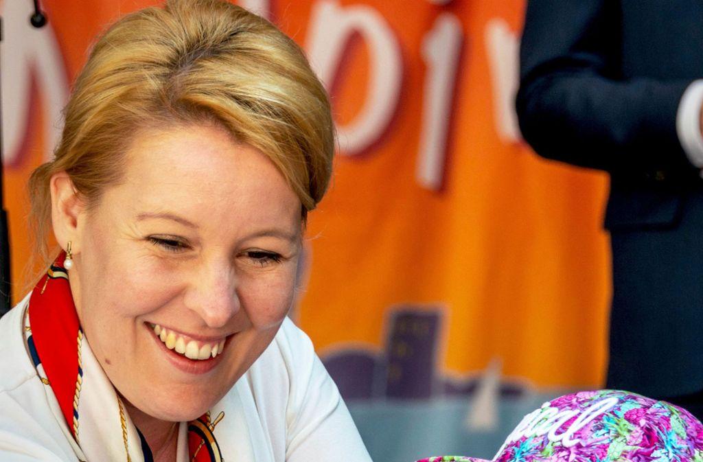 Franziska Giffey  ist stets gut gelaunt, volksnahe und  optimistisch. Jetzt setzt sie zum Sprung aufs Rote Rathaus an. Foto: imago images / penofoto/Petra Nowack
