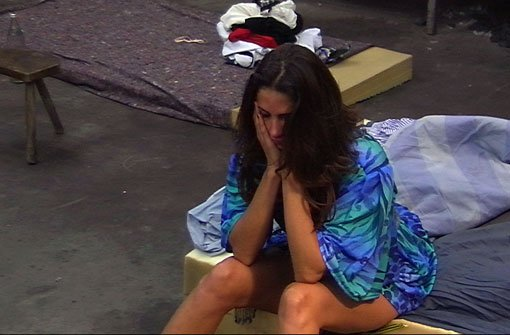 Janina vergießt bittere Tränen