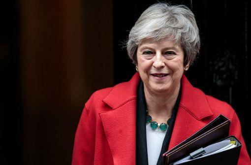 Offenbar Misstrauensvotum gegen Theresa May geplant